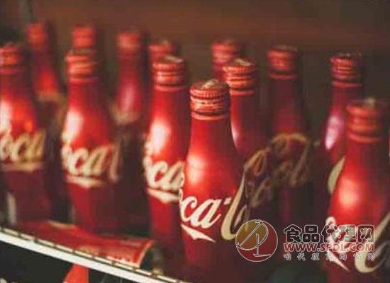 可口可乐推出海洋塑料垃圾再生瓶