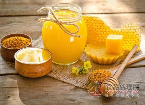 土蜂蜜和洋蜂蜜的區別,土蜂蜜和洋蜂蜜哪個營養價值高