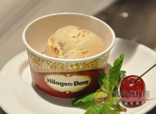 哈根达斯推出4款联名甜点组合,打造时间暂停系列甜点