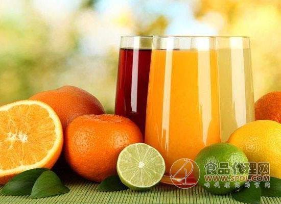 喝鮮榨果蔬汁好還是吃果蔬好,不同人群不同需求