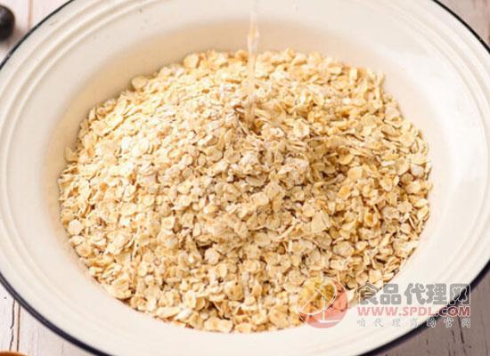 燕麦和燕麦片的区别有哪些,现在了解还不晚