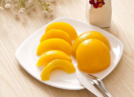 在家怎样做黄桃罐头,送给你五个步骤