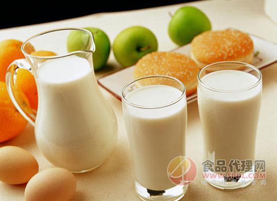 ad鈣奶可以代替牛奶嗎,答案是否定的