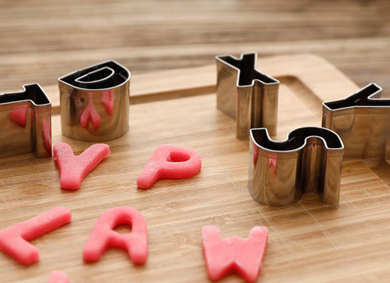 字母餅干模具怎么用,原來方法竟這么簡單!