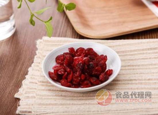 蔓越莓干可以泡水喝吗,适量饮用有益身体健康