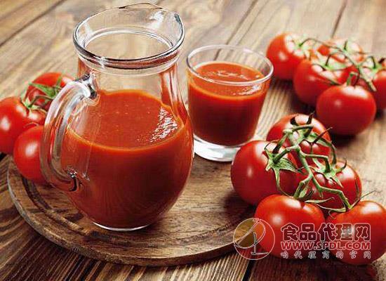 番茄汁怎么榨好喝,和什么水果榨营养好呢