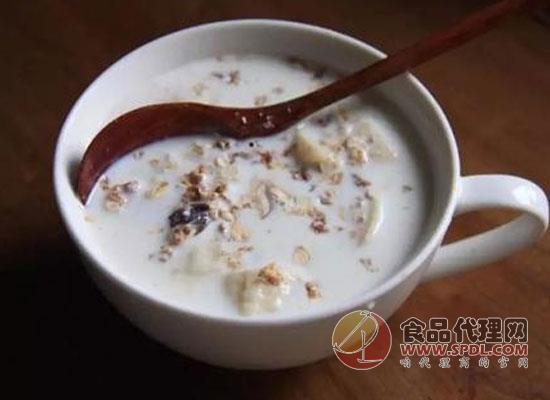 燕麥牛奶減肥么,注意這點輕松收獲好身材