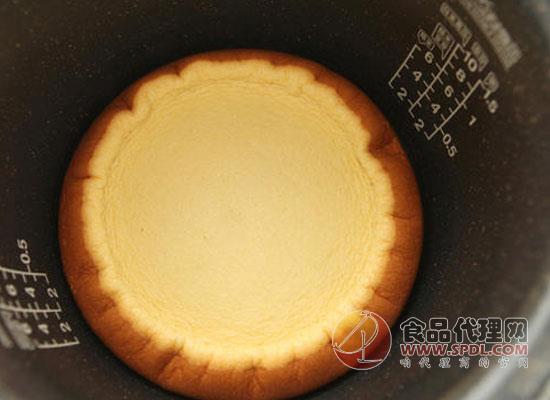 """電飯煲蛋糕的做法是什么,手把手教你做""""大廚"""""""