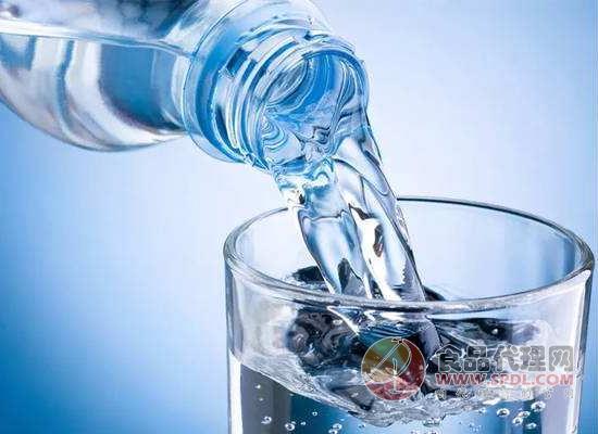 湖南市監管發布抽檢信息,6批次飲用水不合格