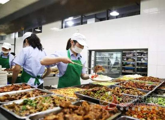 各地逐漸恢復開學,教育部督促開展校園食品安全檢查