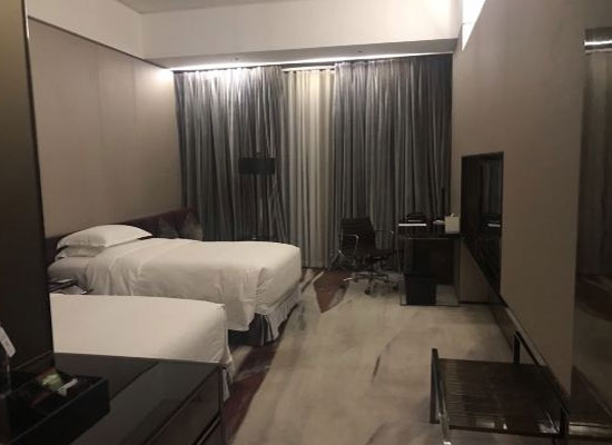 廣州天河希爾頓酒店怎么樣
