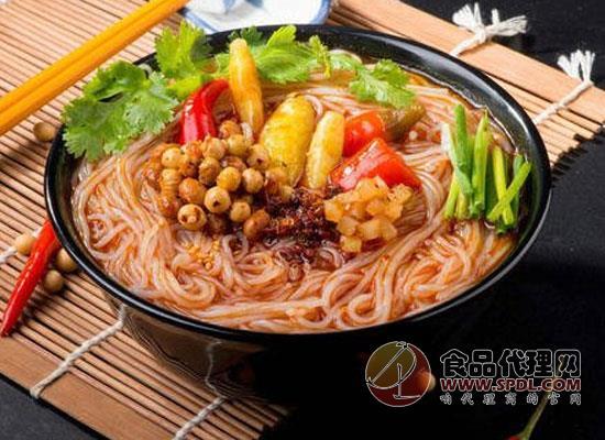 食用酸辣粉对身体有害吗,把握好食用量是关键