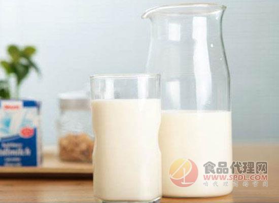 喝羊奶粉为什么拉肚子,两个方面为你解开疑惑