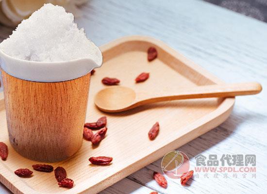 綿白糖過期了還能吃嗎,看完記得分享給家人