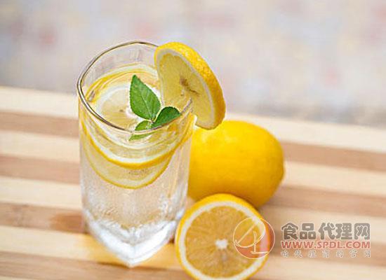氣泡水是碳酸飲料嗎,答案可能與你想的不一樣