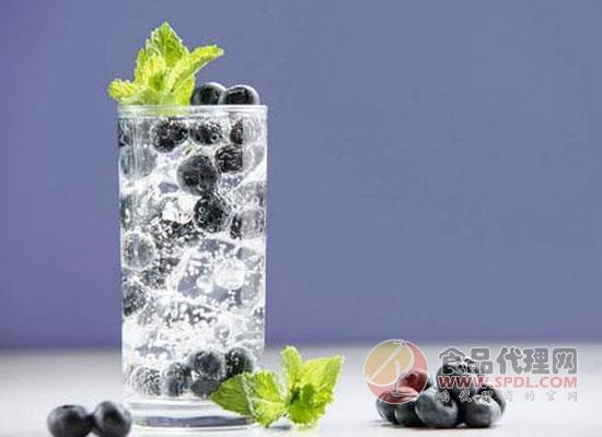 氣泡水和蘇打水的區別在哪里,氣泡水作用講解