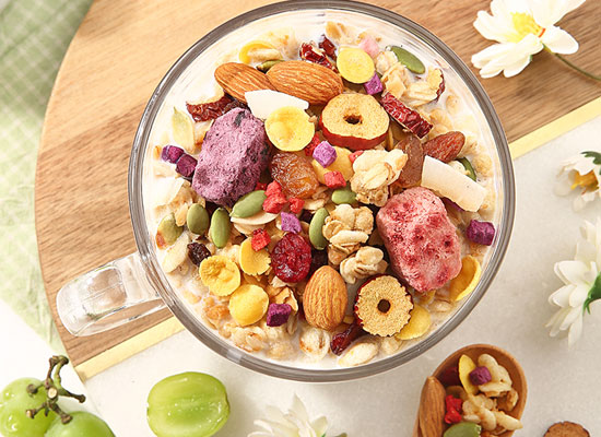 百草味水果麥片好吃嗎,承包你的營養早餐