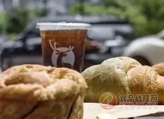 """瑞幸宣布上線""""瑞幸早餐""""系列套餐"""