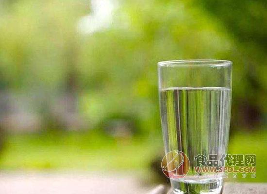 天然礦泉水的作用有哪些,看完你會收獲很多