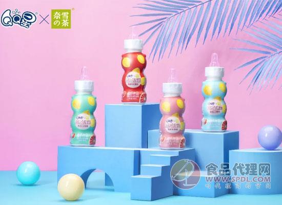 QQ星携手奈雪の茶跨界合作,推出限量金色山脉QQ奶茶