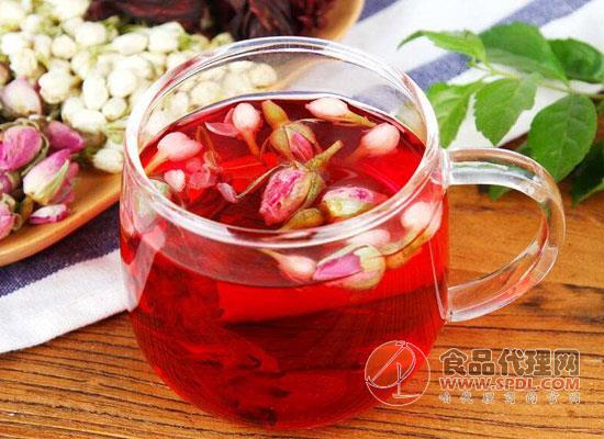 玫瑰花茶一次泡几朵,根据容器来决定