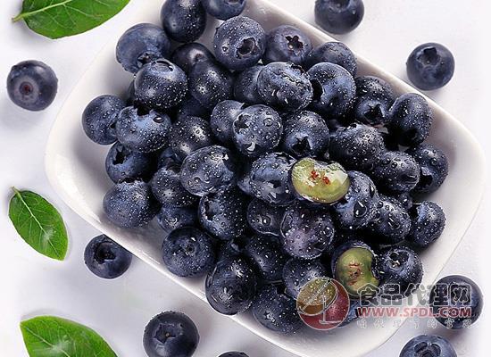 蓝莓能天天吃吗,这些好处需要早知道