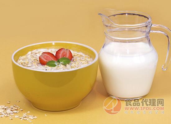 燕麦牛奶有什么好处,喝了能减肥吗