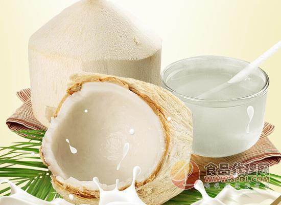 鲜榨椰子汁的做法,五个步骤简单易学
