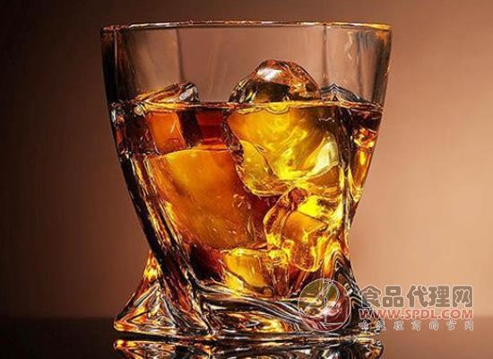 儿童喝功能饮料的危害,功能饮料还有哪些危害