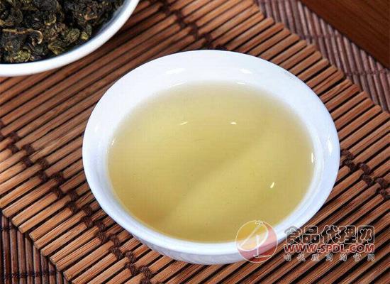 哪些人不宜喝烏龍茶,看完分享給身邊的人