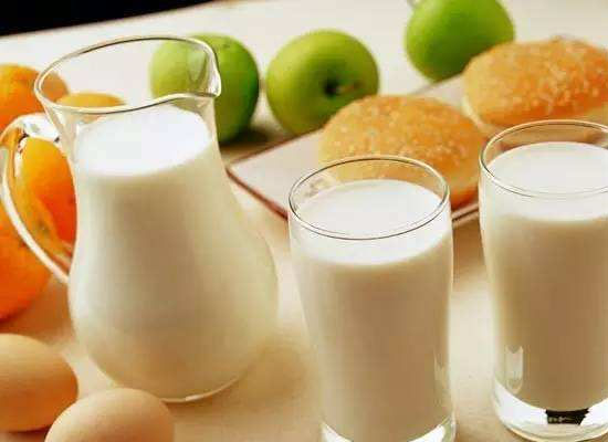 低溫奶的營養與好處,它與常溫奶有什么區別