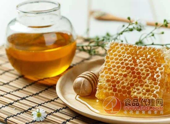 棗花蜂蜜喝多了會怎樣,它能和牛奶一起喝嗎