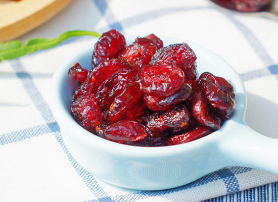 蔓越莓干一天吃多少粒,吃多了会上火吗