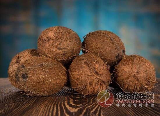 椰果罐头怎么做,吃椰果罐头需要注意什么