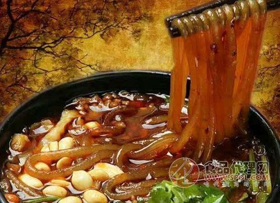 一碗酸辣粉的热量是多少,酸辣粉的调料是如何做的