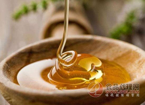 冬季喝枣花蜂蜜水好吗,喝枣花蜂蜜需要注意什么
