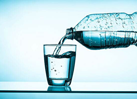 礦泉水和天然水的區別,礦泉水有什么好處