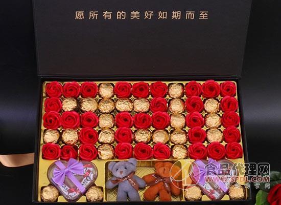 德芙圣诞巧克力,满满圣诞气息送给值得的人