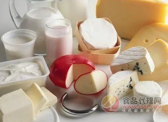 恒天然披露2021财年一季度业绩,并宣布提高原奶收购价格