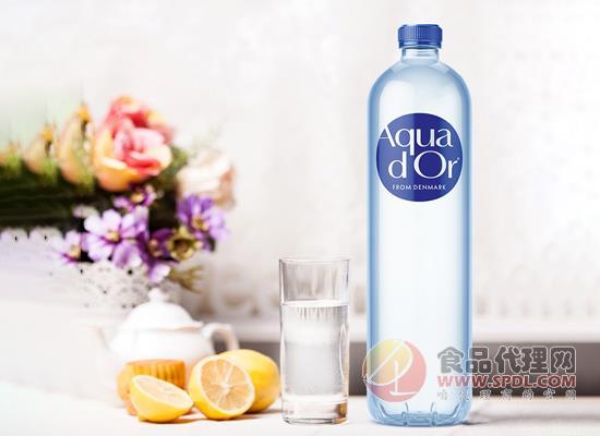 艾可多天然矿泉水怎么样,水源地直接罐装