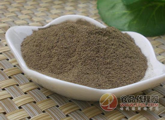 黑胡椒粉主要做什么菜,食用黑胡椒粉时需要注意什么
