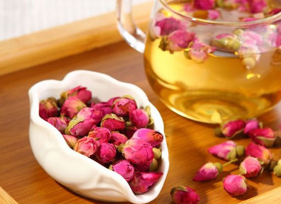 玫瑰花茶和月季花茶的区别,饮用玫瑰花茶时需要注意什么