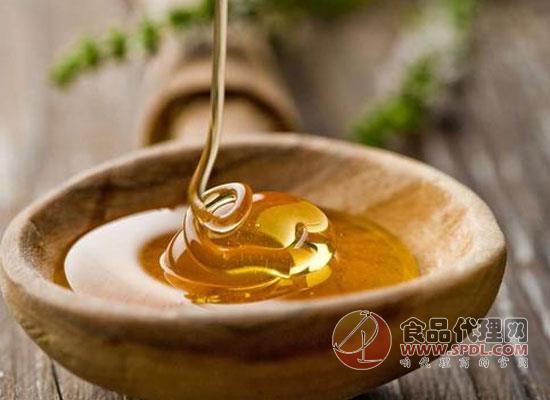 如何分辨真假蜂蜜,选购时需要擦亮眼睛