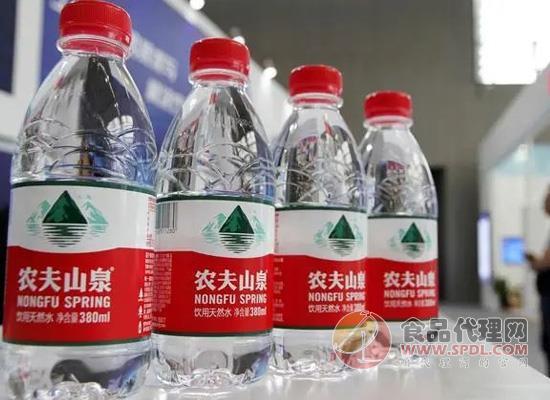農夫山泉,百歲山都在用的瓶蓋,一年能賣500億的金福科技