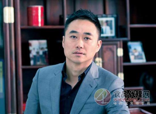 卫龙辣条背后的老板刘卫平,努力终将带来收获