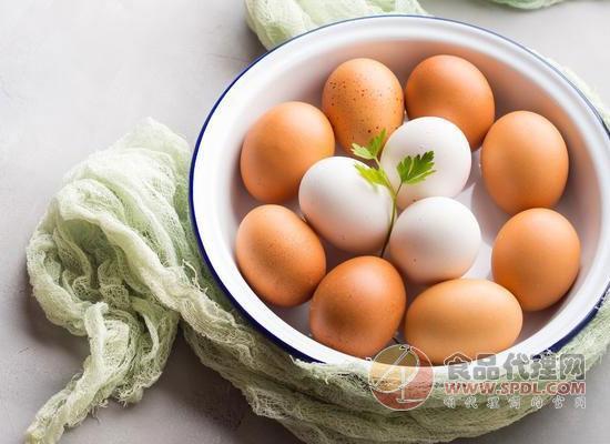 没熟的鸡蛋能吃吗,晚上吃鸡蛋会发胖吗