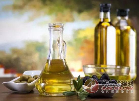 橄榄油和普通油的区别,哪种更好一点