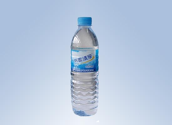 万家清泉矿泉水:关注饮水,倡导生命健康