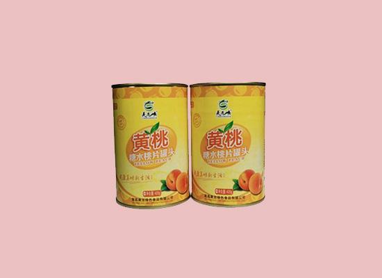 美味可口的黄桃罐头,新鲜营养锁在罐中