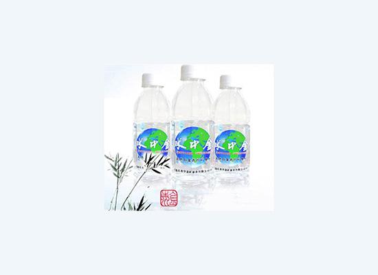 水中金食品坚持质量为上,倡导健康饮水!